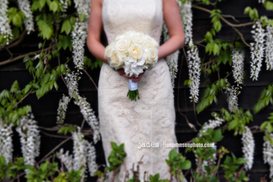 Wedding Flowers In Essex : Jades flower design wedding photographer