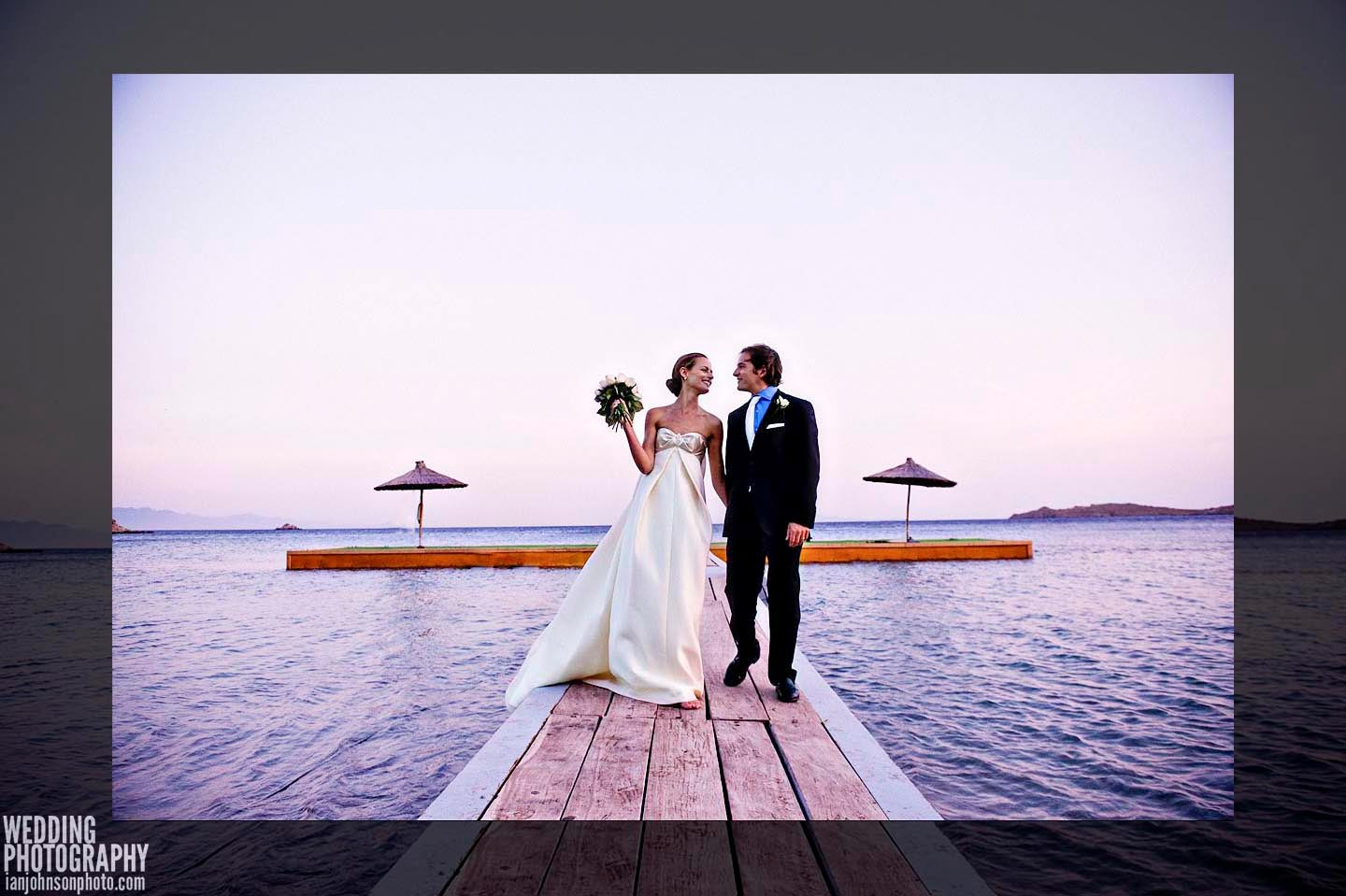 destination wedding moments Mykonos