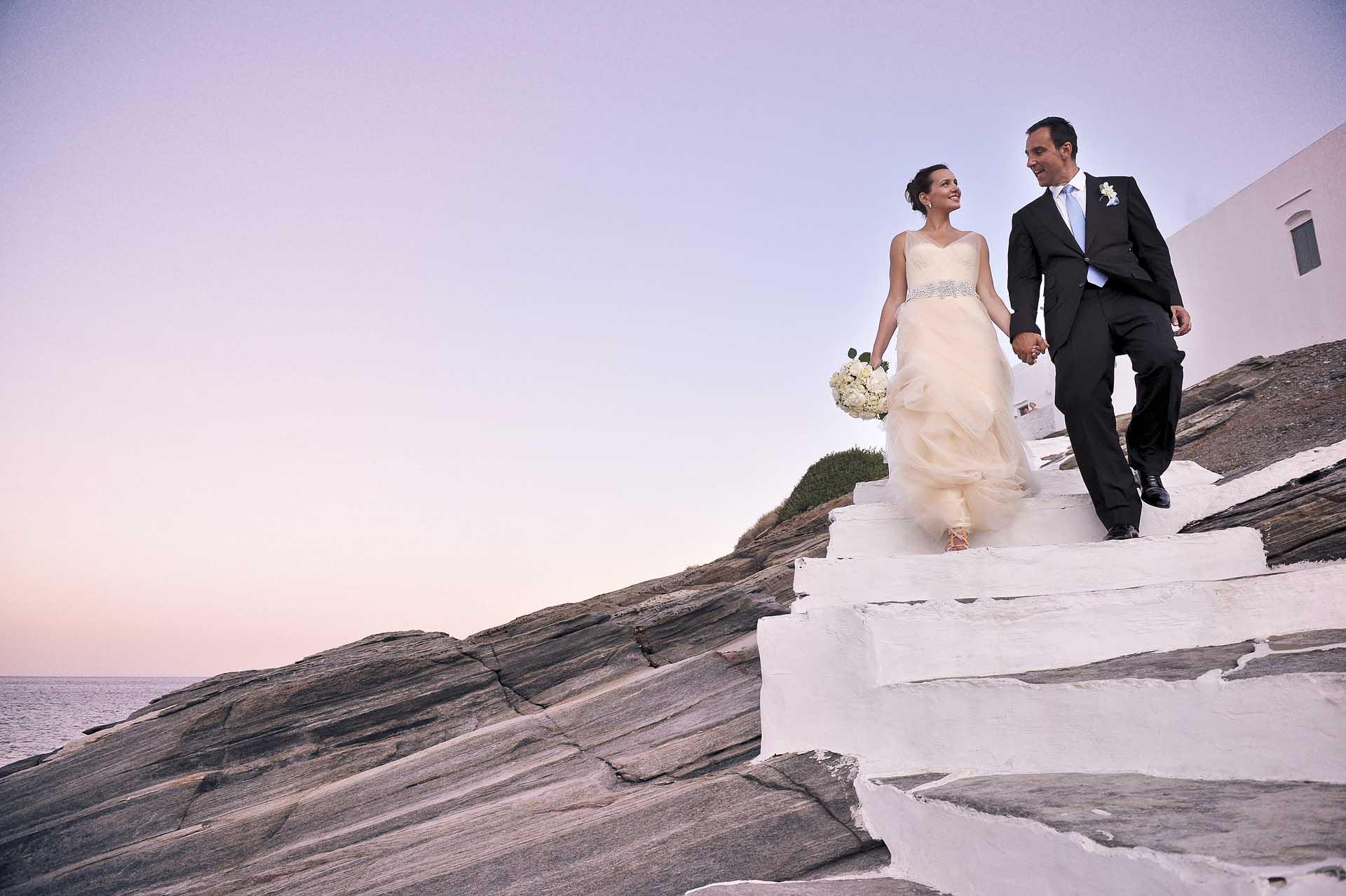 destination-wedding-004sifnos couple portrait copy