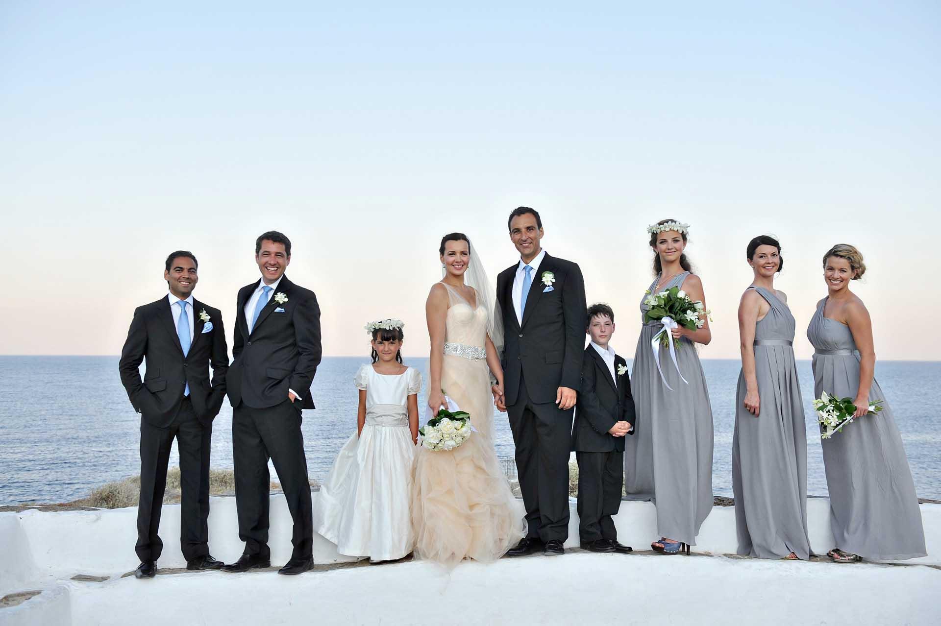 destination-wedding-sifnos group portrait copy