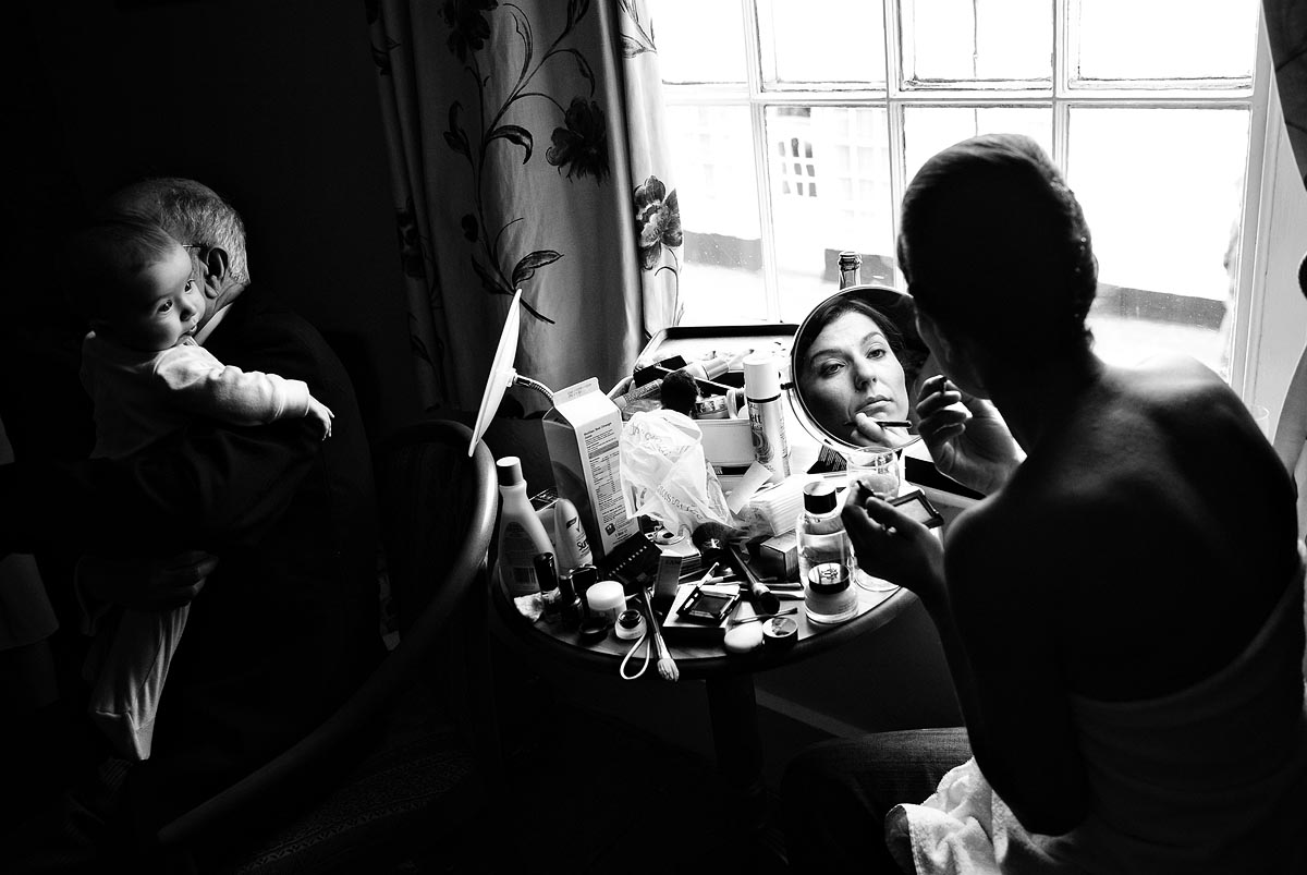 reportage-story-telling-documentary-wedding-photography-001